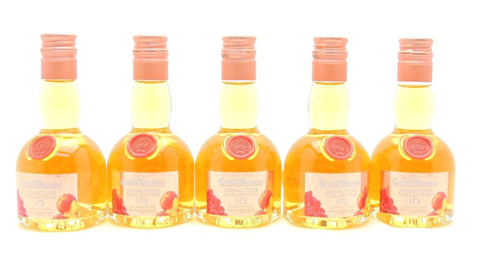 Grand Marnier Raspberry Peach Miniature Set